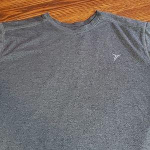 Old navy Men's Gray Go dry tee shirt size medium